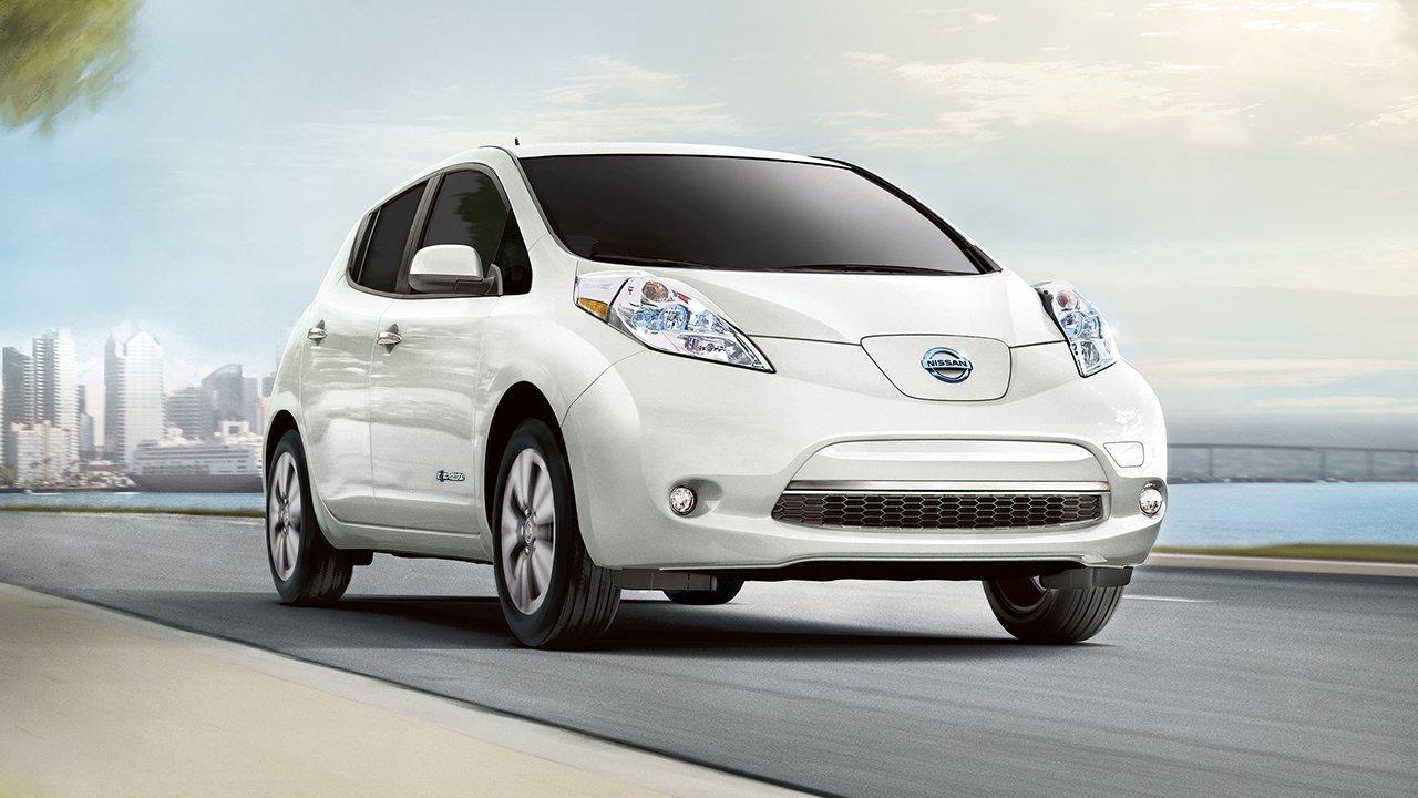 Nissan начинает оснащение своих машин системой автоматического экстренного торможения